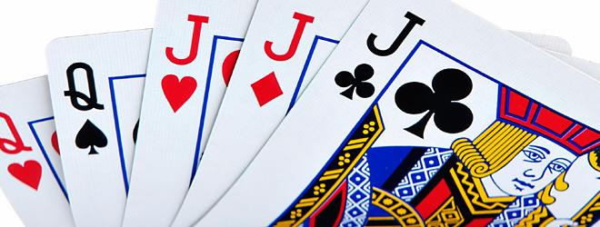 Kortspel slå på högen 235079